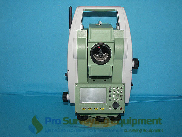 Leica-TS02-Ultra-R1000-Total-Station-c.JPG
